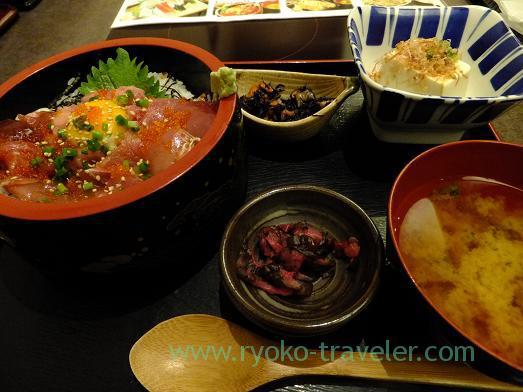 Tuna bowl set, Chigasaki Umibune Harumi-Toriton branch (Kachidoki)