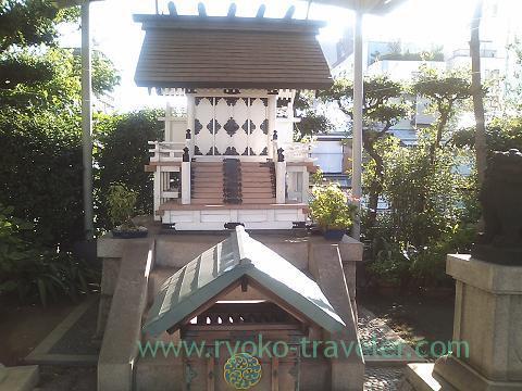 Sui JInja shrine 1, Yonehana (Tsukiji Market)